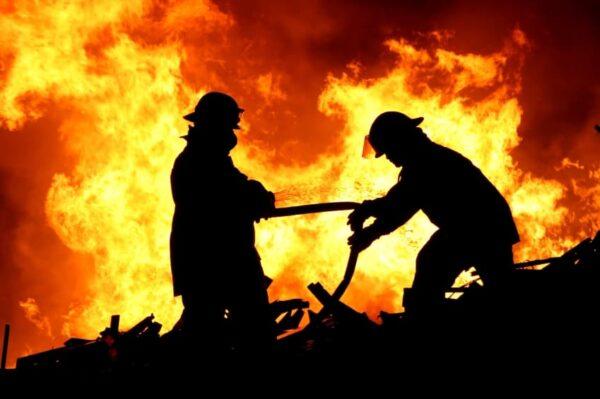 Czego Należy Unikać Jak Ognia, Występując Publicznie - Andrzej Bernardyn
